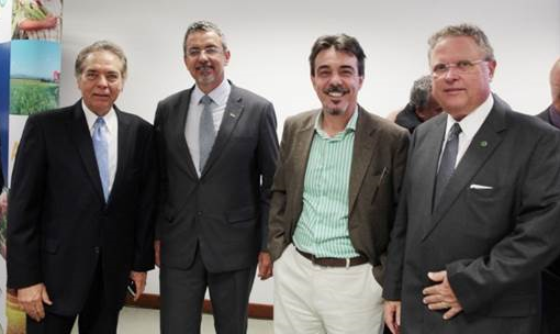 Carlos Alberto, Mauricio Lopes/presidente Embrapa, Ariovaldo/Sindirações e Blairo Maggi