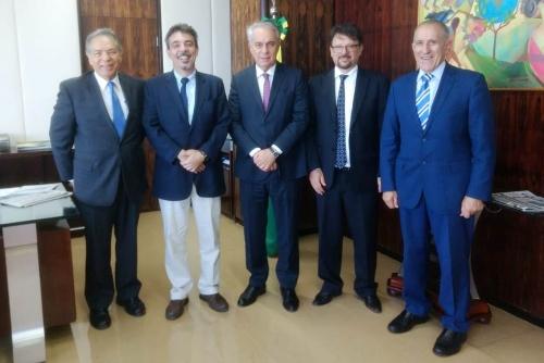 O Dr. Ariovaldo Zani, vice-presidente Executivo do Sindirações foi recepcionado pelo Dr. Marcos Montes, novo Secretário Executivo do MAPA
